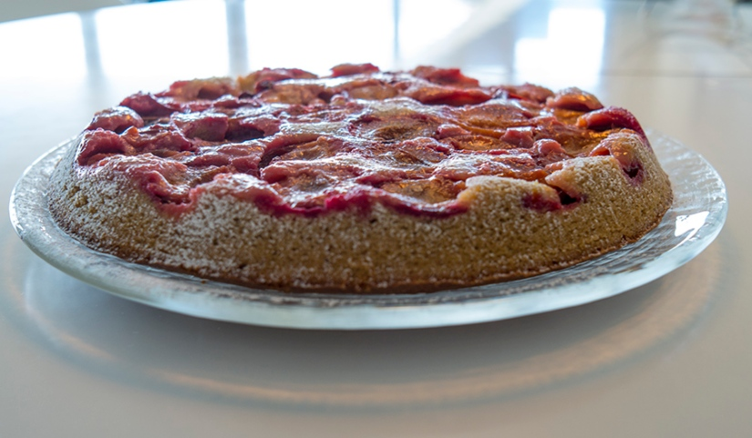 plum cake upside down
