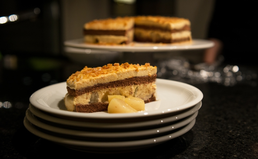caramel cake withpears