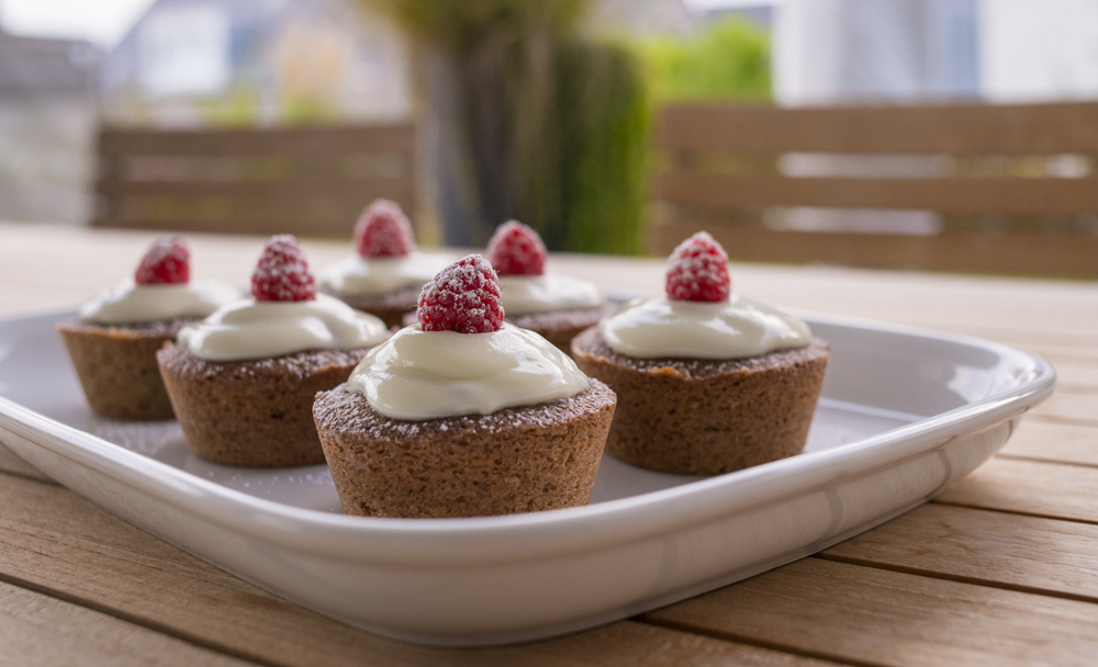 MUFFINS with ROASTED HAZELNUTS & FRESH RASPBERRIES